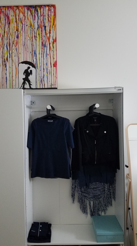 how-to-create-a-capsule-wardrobe